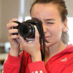 jeune fille caméra